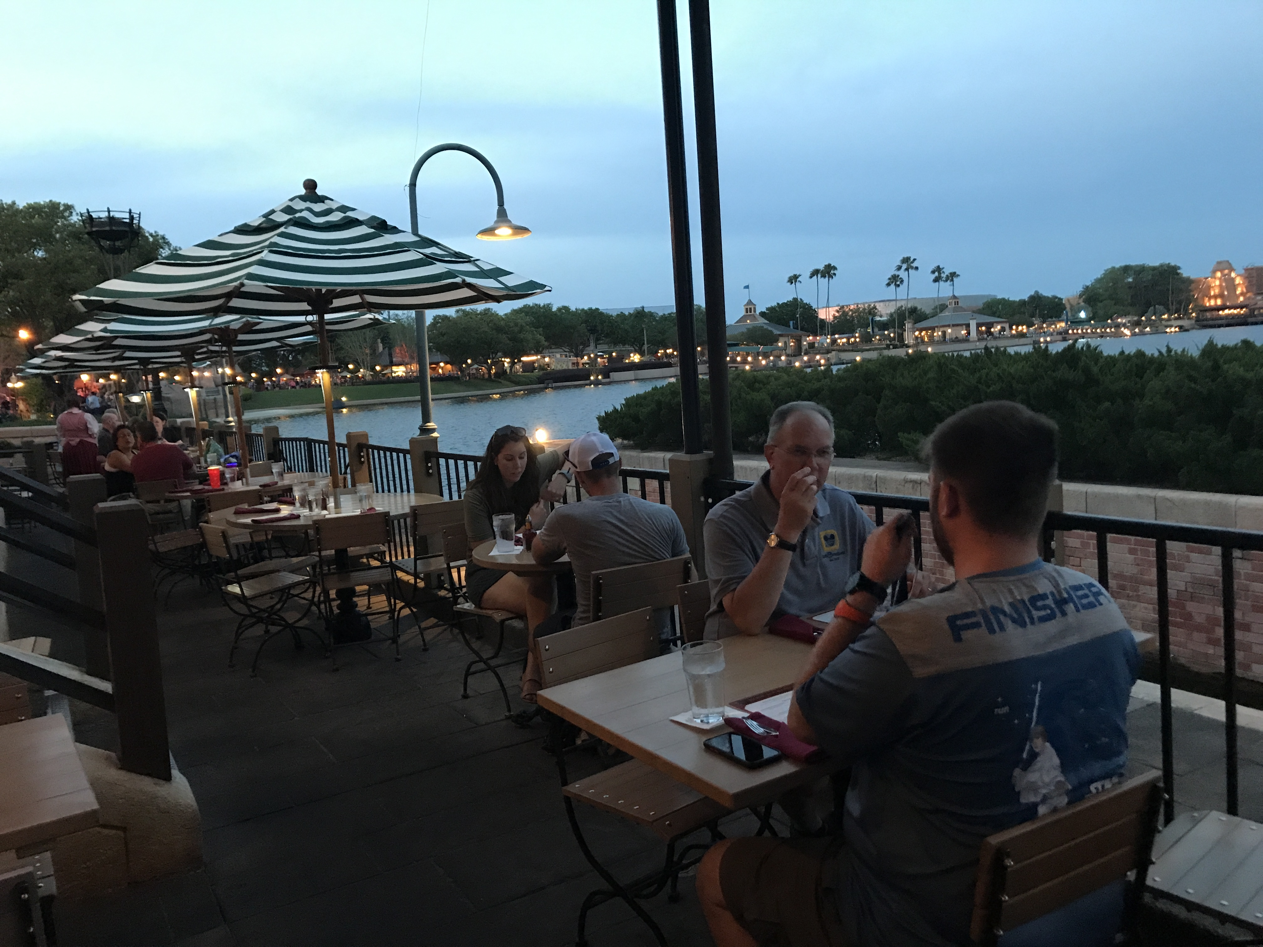 Light Up Your Night With An Illuminations Dining Package Tips From The Disney Divas And Devos