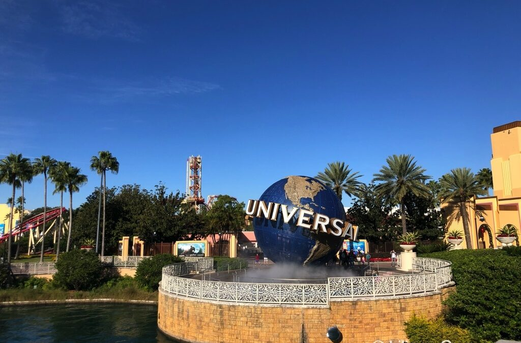 My Top 5 Reasons You Want To Own A Copy of The Unofficial Guide Universal Orlando 2020 – A Review & Giveaway