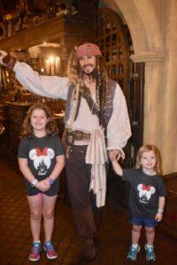 Yo Ho, Yo Ho, The Pirate's League's For Me