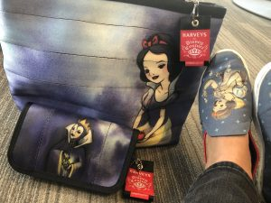 Harveys Snow White Good Versus Evil with Toms